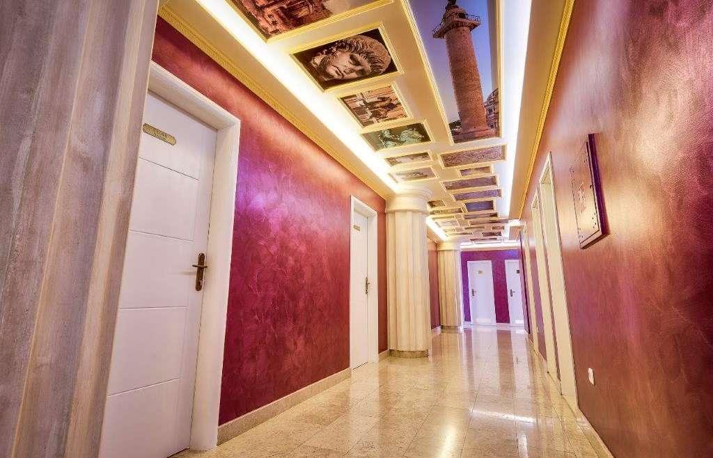 60 – Corridors