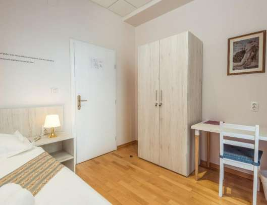 Hostel Livia - single room - Junona